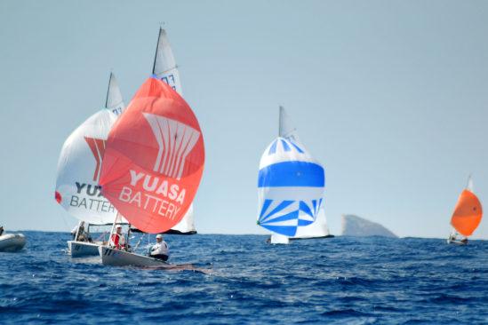 Yuasa segelt bei den Flying-Dutchman-Weltmeisterschaften zum Erfolg